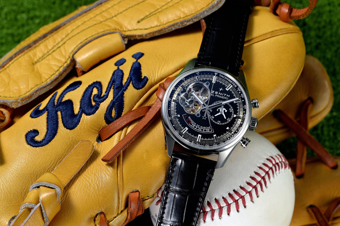 glove_with_watch