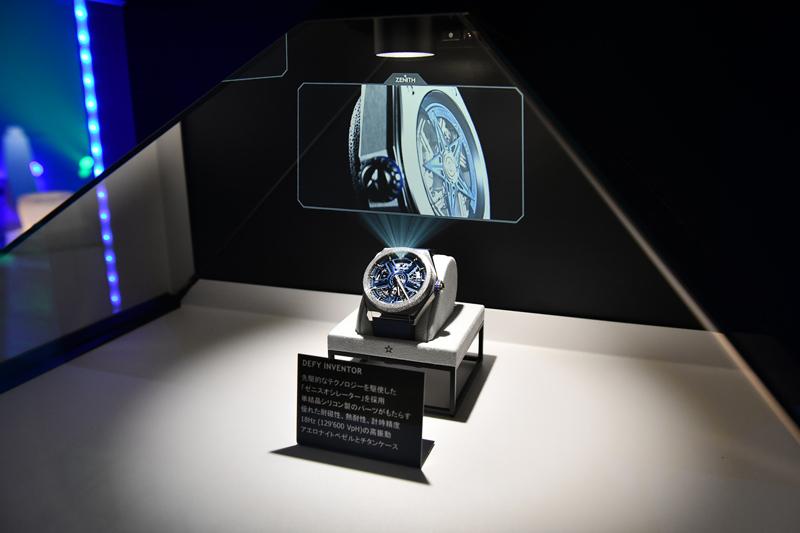 静かにたたずむ、デファイ・インベンター。その内部には今までの時計メカニズムの常識を覆す新機構が。